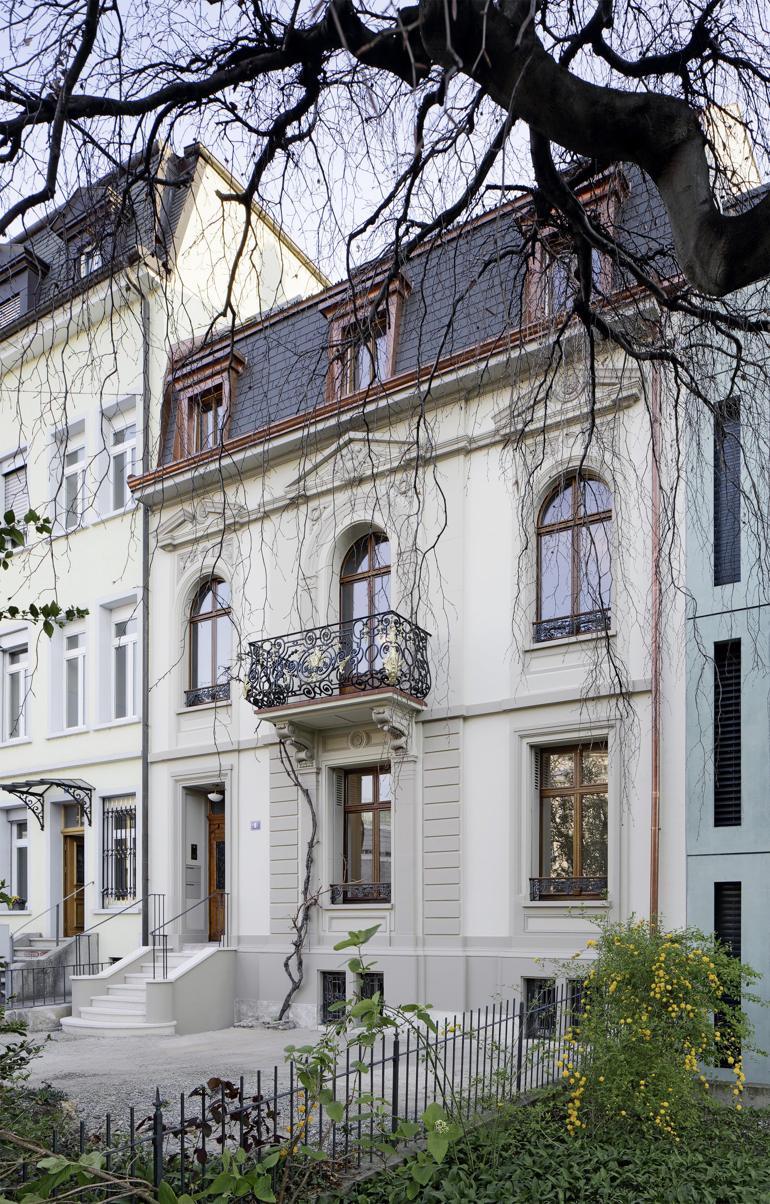 Fassade Stadthaus Auberg in Basel