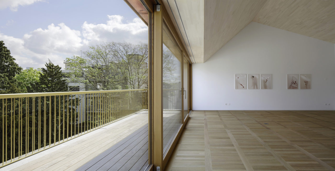 Dachgeschoss nach Umbau und Anbau von Architekturbüro Forsberg in Basel
