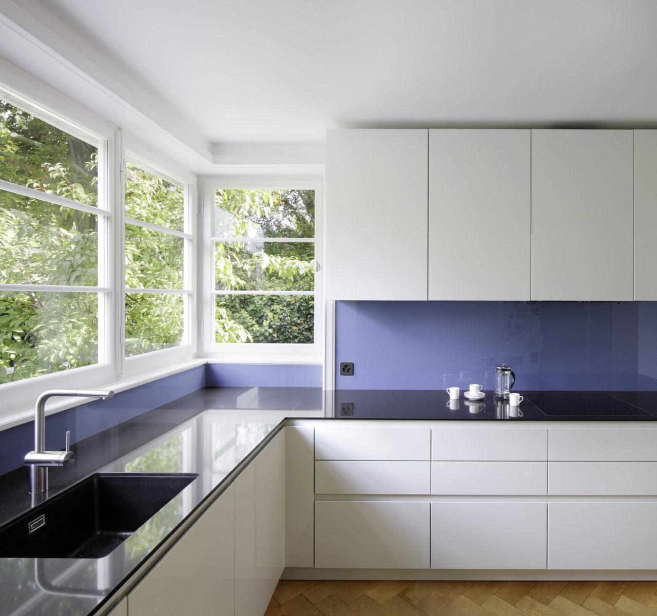 Küche nach Renovation von Architekturbüro Forsberg in Basel