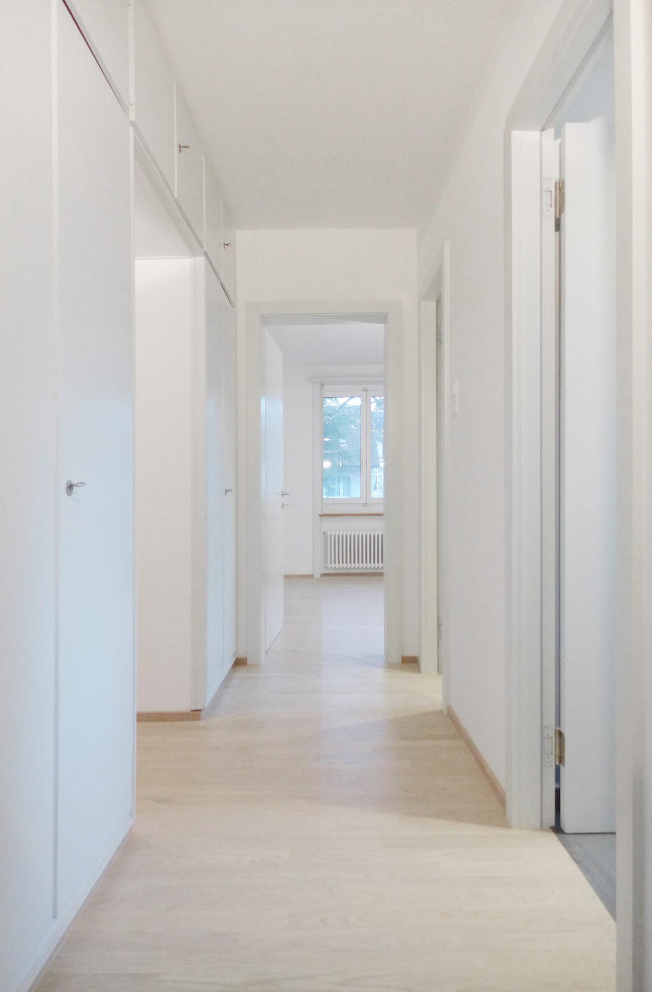 Flur im 1./2.Obergeschoss nach Umbau und Renovation von Architekturbüro Forsberg in Basel